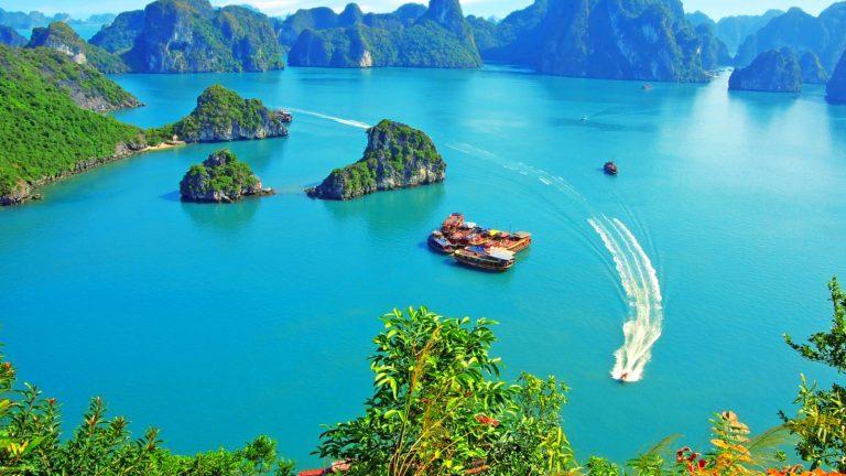 อ่าวฮาลอง (Ha Long Bay)