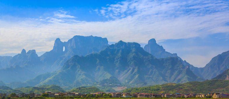 เที่ยวเขาเทียนเหมินซาน ( Tianmen Mountain) ประเทศจีน
